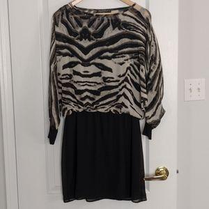 NWOT Rinascimento three quarter sleeve dress